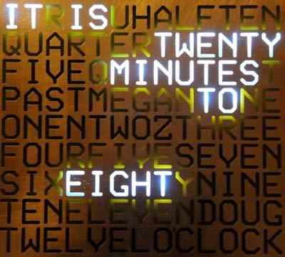 Uhr aus Wörtern