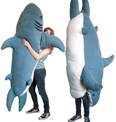 Plüsch Hai Attacke