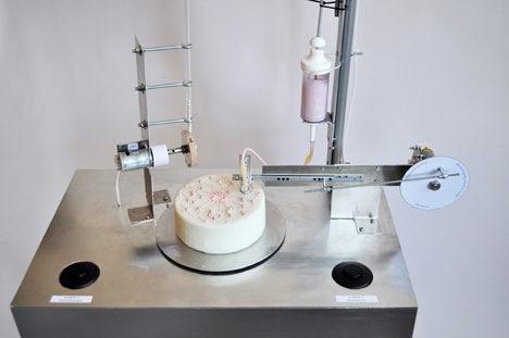 Automatisch Kuchen dekorieren mit dem Automatic Cake Decorator