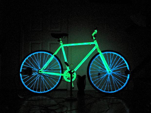 Fünf coole Varianten dein Fahrrad zum Leuchten zu bringen für bessere Sichtbarkeit im Straßenverkehr